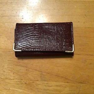 MUNDI Burgundy Texture Tori Key Wallet